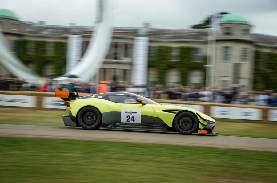 Hardcore Aston Martin Vulcan Amr Pro Unveiled Updated With