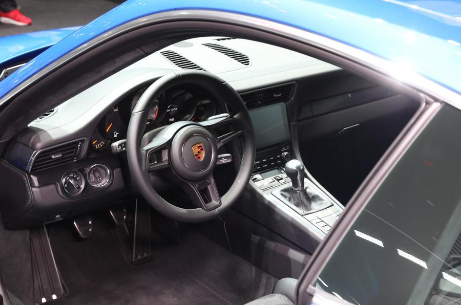 Porsche 911 GT3 Touring Pack Frankfurt motor show