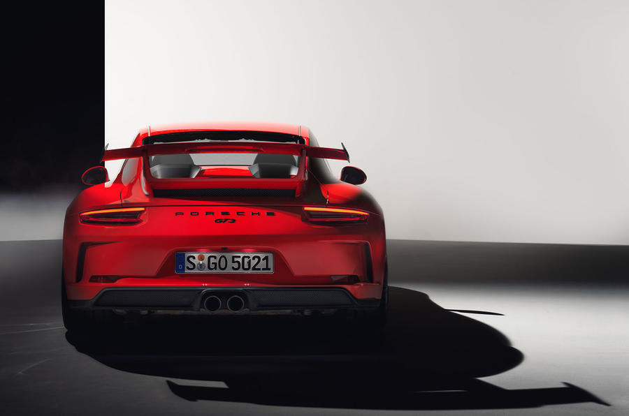 Updated Porsche 911 GT3 gains manual gearbox and 9000rpm redline