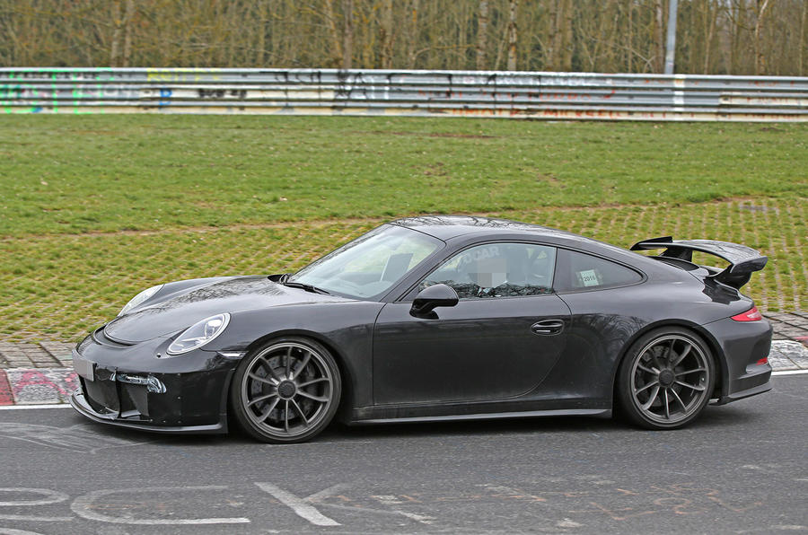 2017 porsche 911 gt3 facelift spotted undisguised autocar. Black Bedroom Furniture Sets. Home Design Ideas