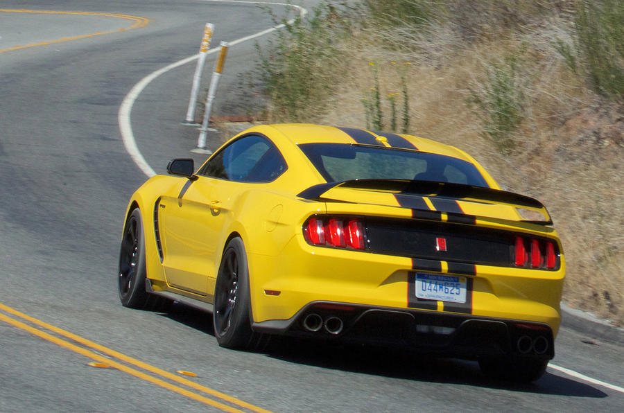 Ford Shelby GT350R Mustang rear