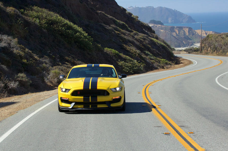 Ford Shelby GT350R Mustang front