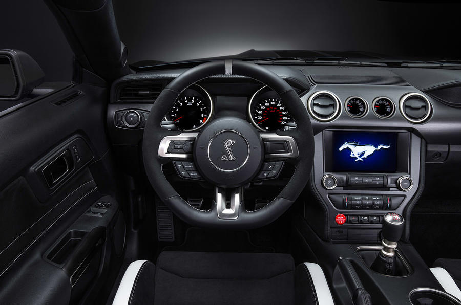 Ford Shelby GT350R Mustang dashboard