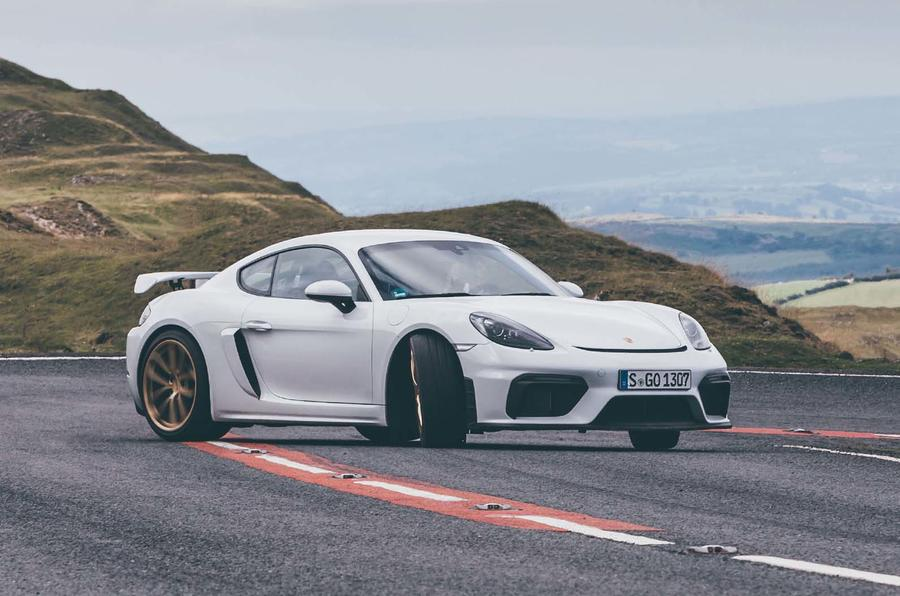 2019 Porsche 718 Cayman GT4 UK review - drift