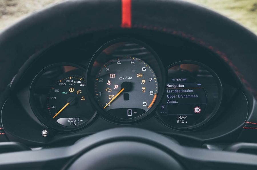 2019 Porsche 718 Cayman GT4 UK review - dials