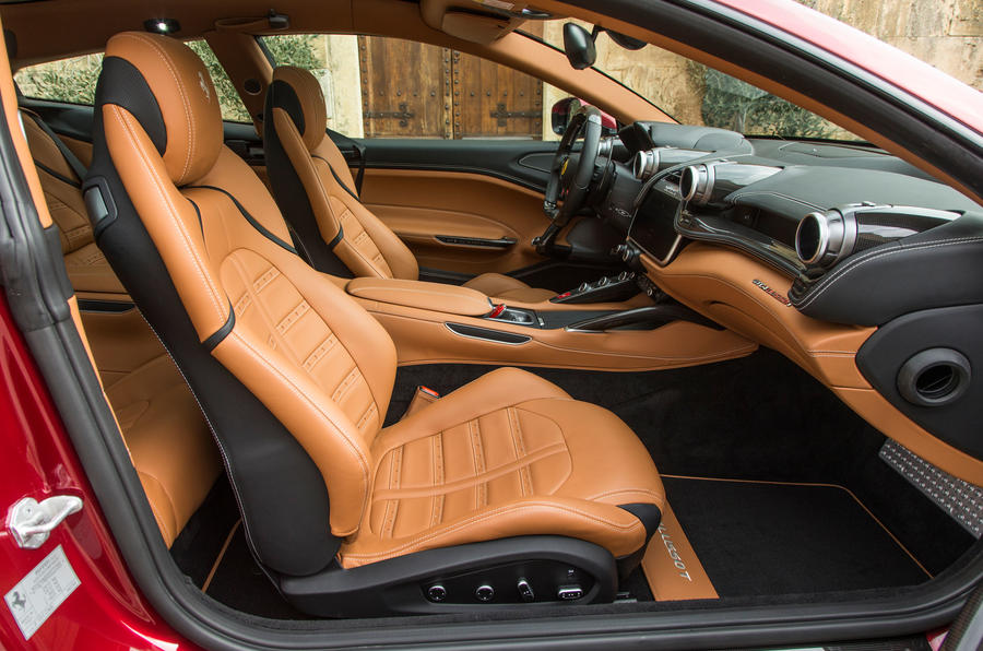 ferrari gtc4 lusso t 2017 review autocar. Black Bedroom Furniture Sets. Home Design Ideas