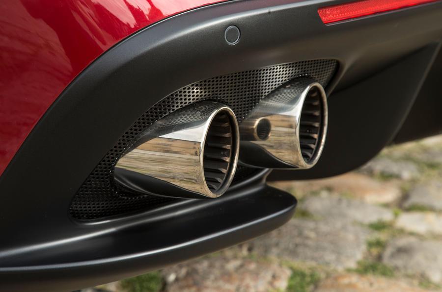 Ferrari GTC4 Lusso quad-exhaust system