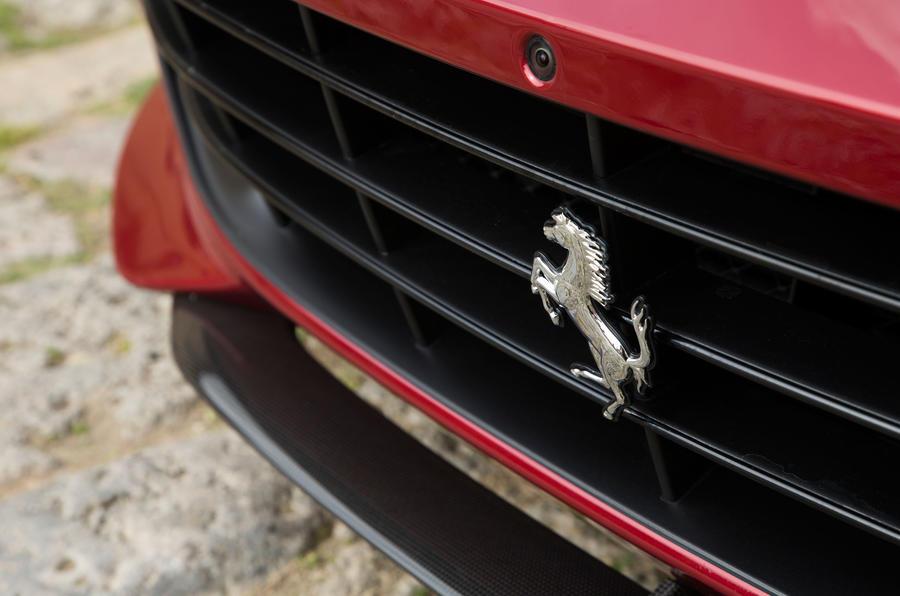 Ferrari GTC4 Lusso front grille