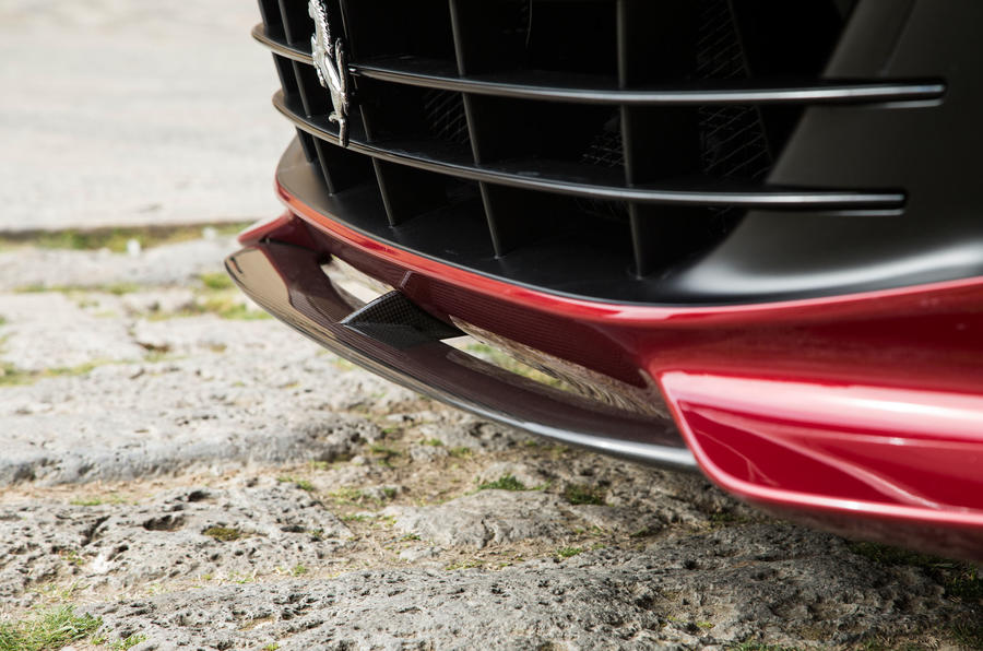Ferrari GTC4 Lusso air splitter