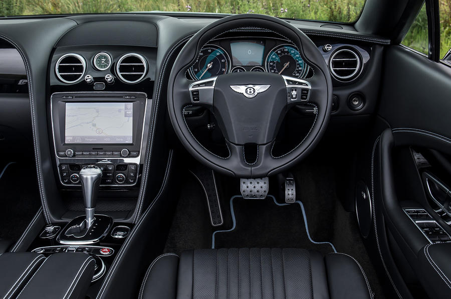 Bentley Continental GT S V8 dashboard