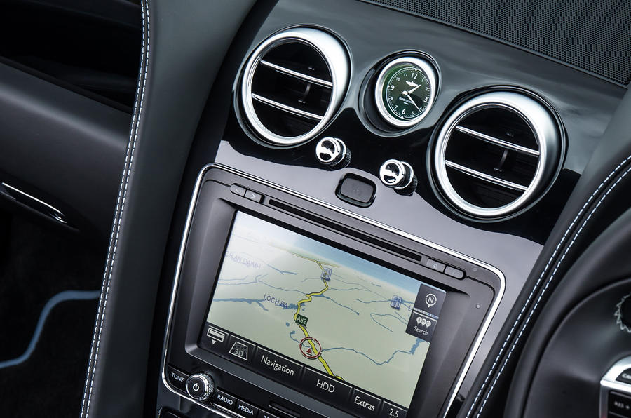 Bentley Continental GT S V8 infotainment
