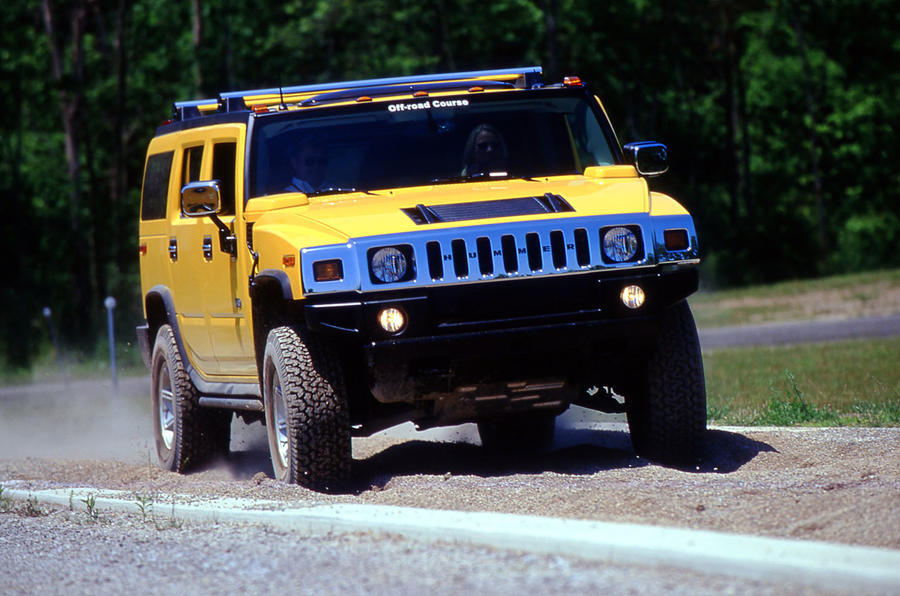 Hummer H2 road test review - hero front