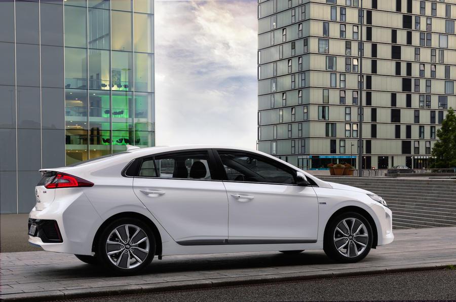 Leasing A Car Through Uber >> Hyundai to take on Toyota for Uber partnership   Autocar