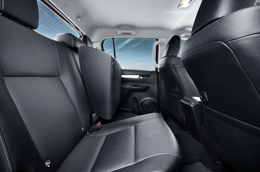 Toyota Hilux Invincible  rear seats