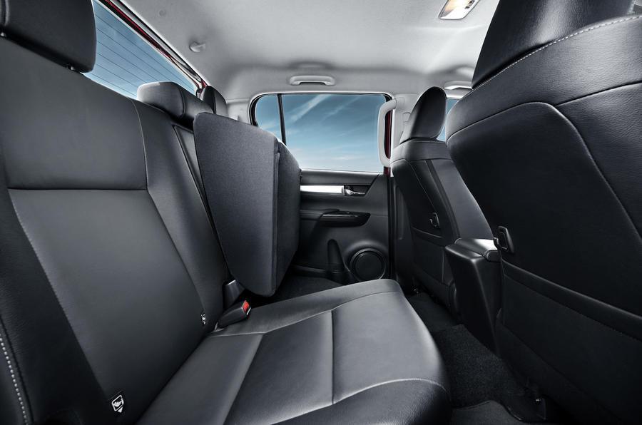 Toyota Hilux Invincible  rear seats