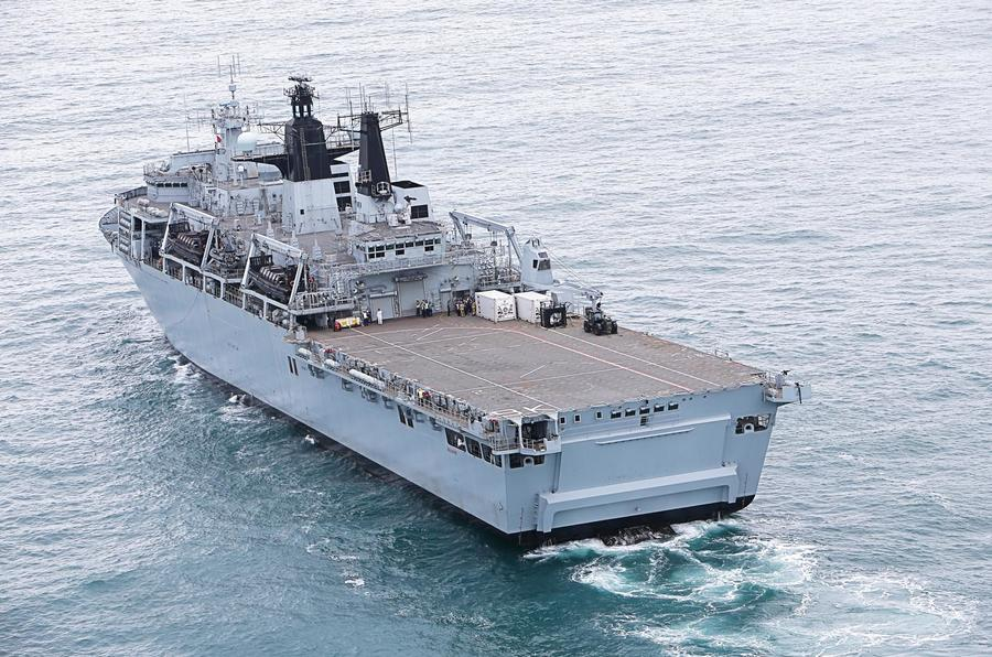 UK: Secretary of State for Defence Visits HMS Bulwark | Naval Today