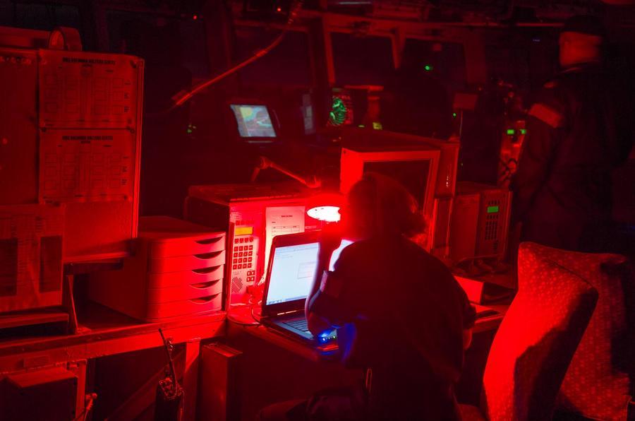 HMS Bulwark - Christmas road test