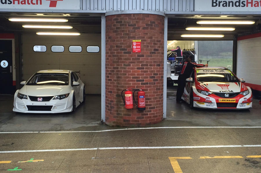 The new Type R was unveiled at a test session at Brands Hatch