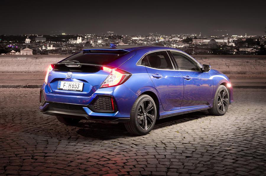 Honda Civic diesel rear at night