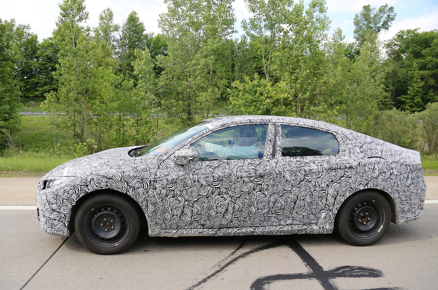 2017 Honda Civic spy picture