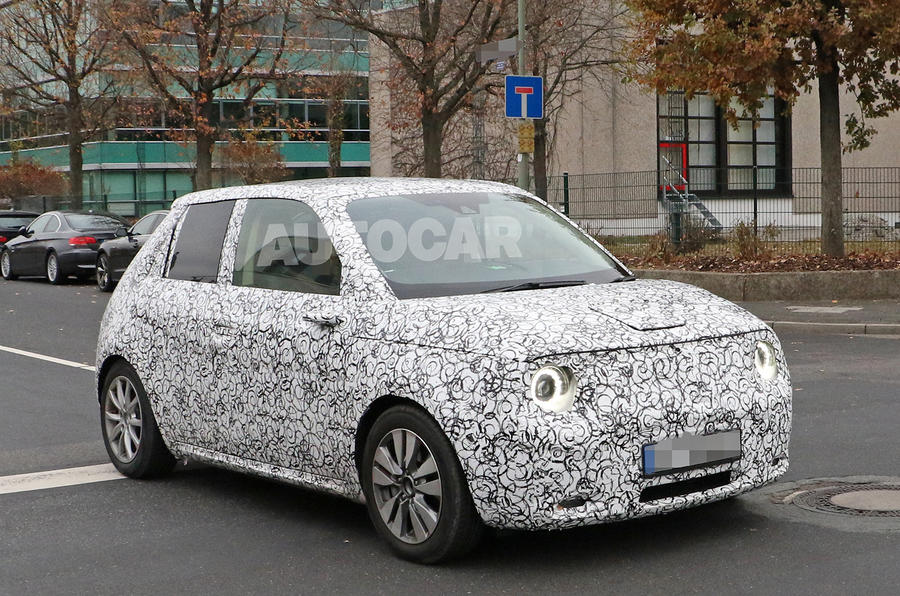 Honda Urban EV spied on the road - front