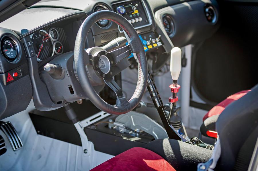 how to drift like a professional autocar. Black Bedroom Furniture Sets. Home Design Ideas