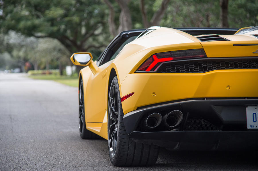 Lamborghini Huracan Spyder rear lights