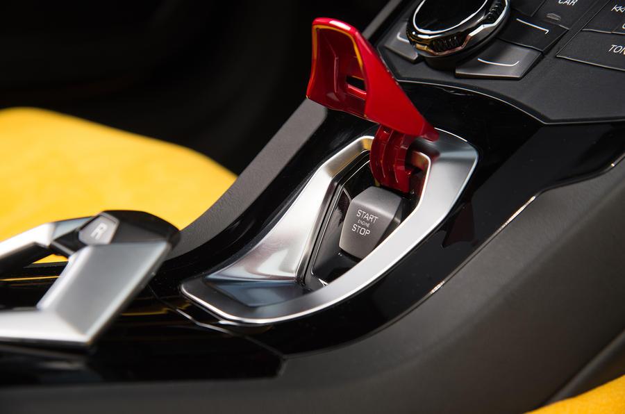 Lamborghini Huracan Spyder ignition button