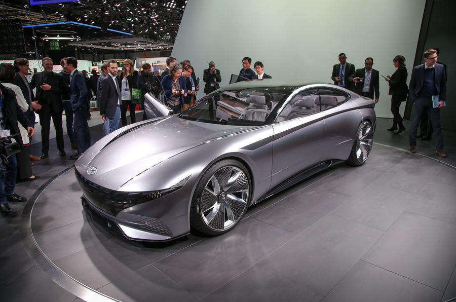 Hyundai le fil rouge concept revealed as blueprint for new design hyundai le fil rouge concept revealed as blueprint for new design direction malvernweather Images