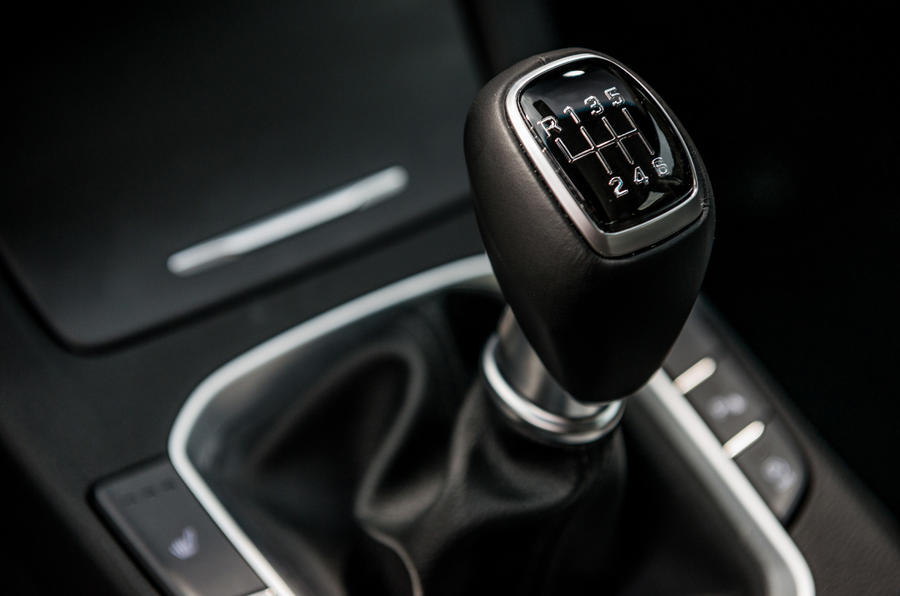Hyundai i30 Fastback manual gearbox