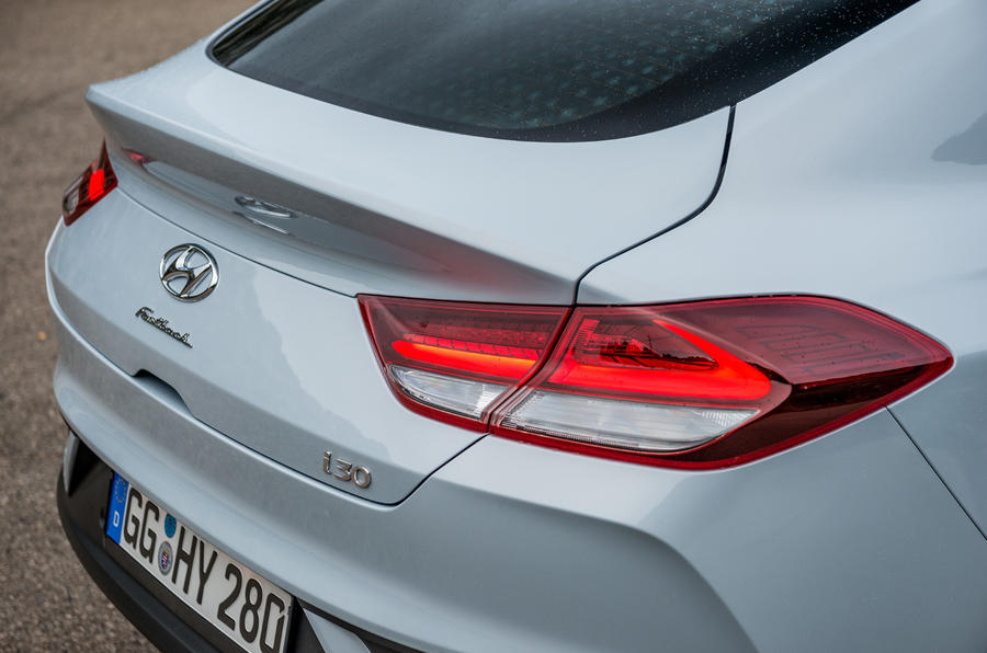 Hyundai i30 Fastback rear lights