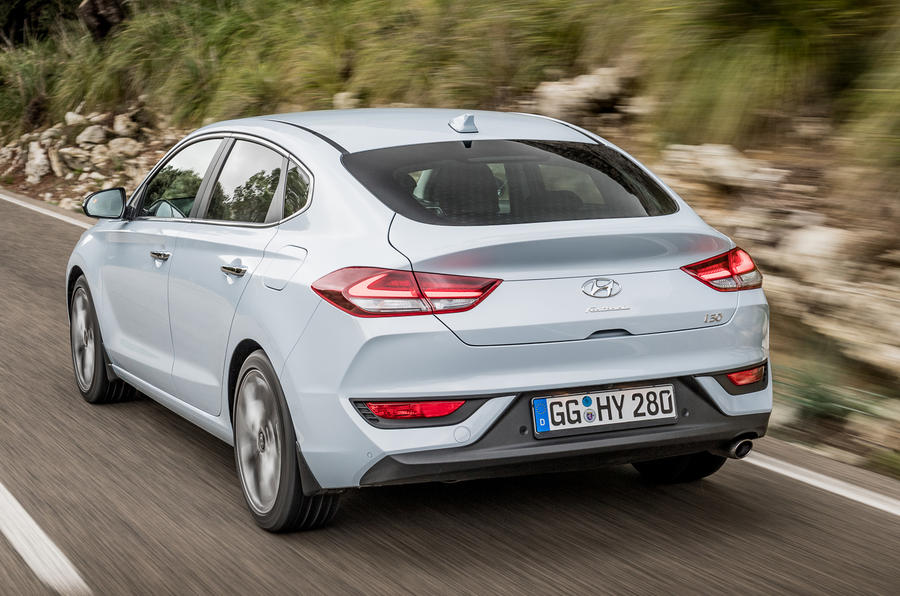 Hyundai i30 Fastback rear