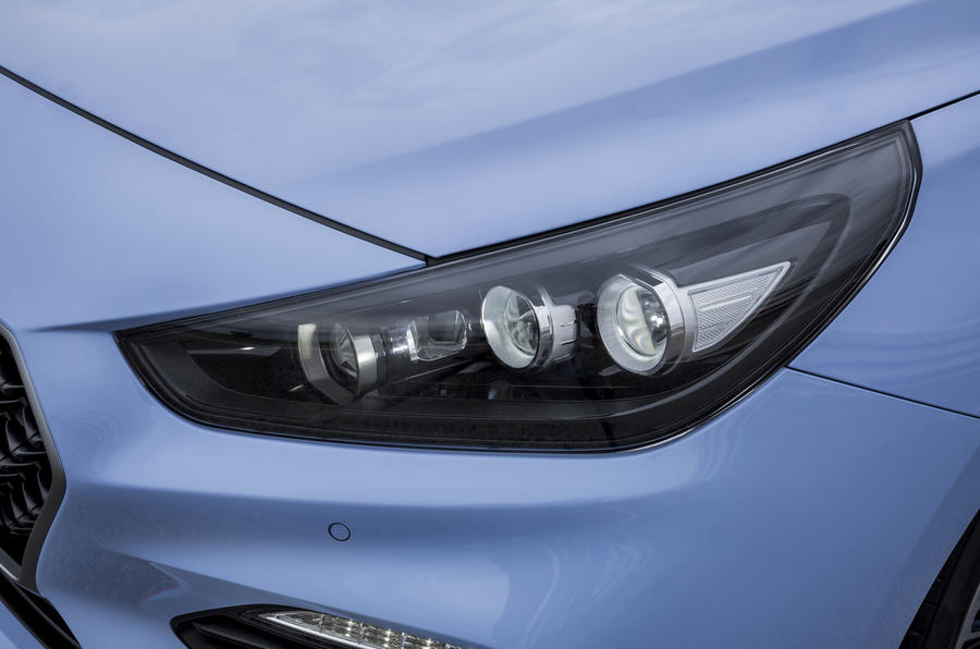Hyundai i30N LED headlights