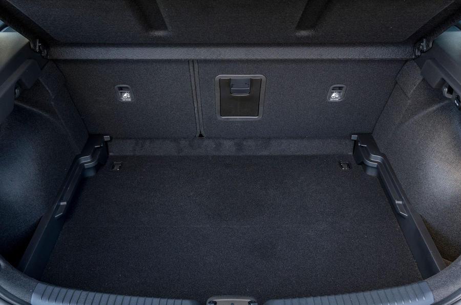 2017 Hyundai i30 1.0 T-GDi 120 SE Nav boot