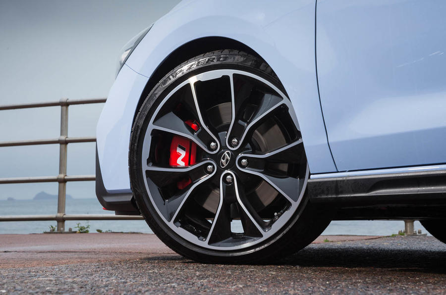 Volkswagen Golf GTI vs Hyundai i30n hyundai wheels