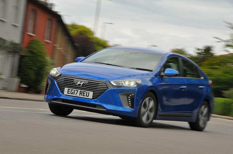 Hyundai Ioniq Plug-in Hybrid Premium SE 2017 review