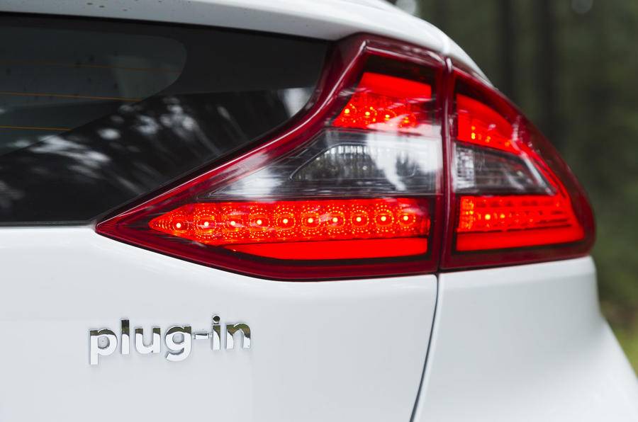 Hyundai Ioniq Plug-in rear light