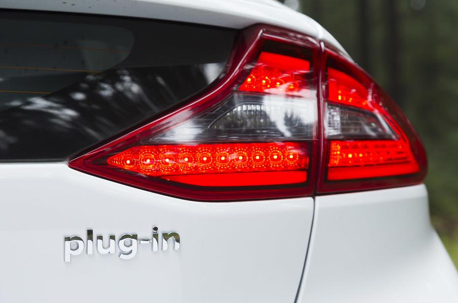 Hyundai Ioniq Plug-in rear light
