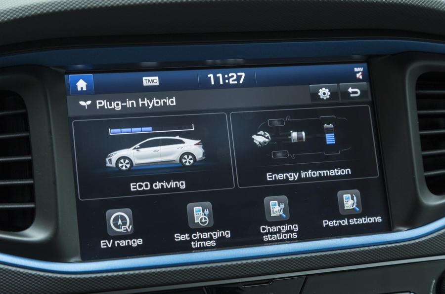 Hyundai Ioniq Plug-in infotainment system