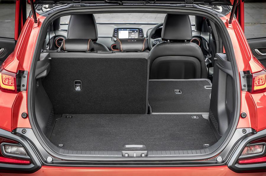 Hyundai Kona 1.0 T-GDi SE boot space