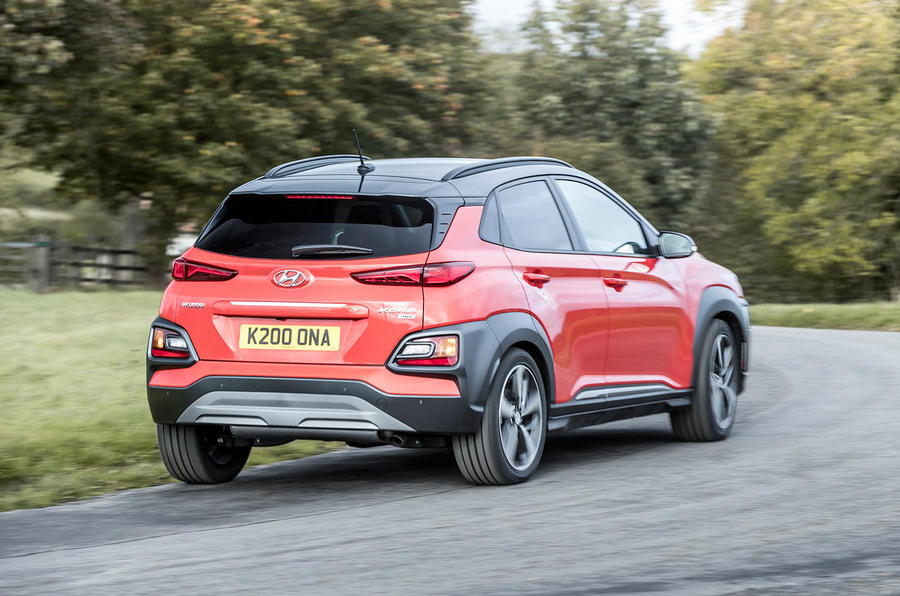 Hyundai Kona 1 0 T Gdi Se 2017 Review Autocar