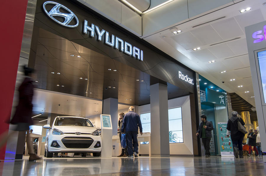 Land Rover Models >> Second Rockar Hyundai digital car store opens in London | Autocar