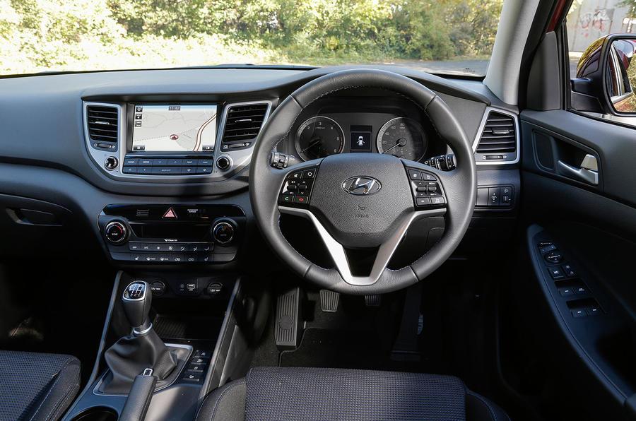 Hyundai Tucson dashboard