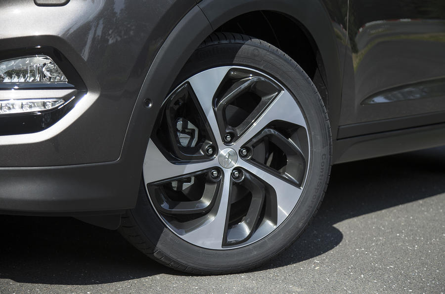 17in Hyundai Tucson alloy wheels