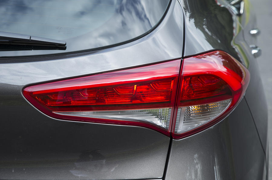 Hyundai Tucson rear light