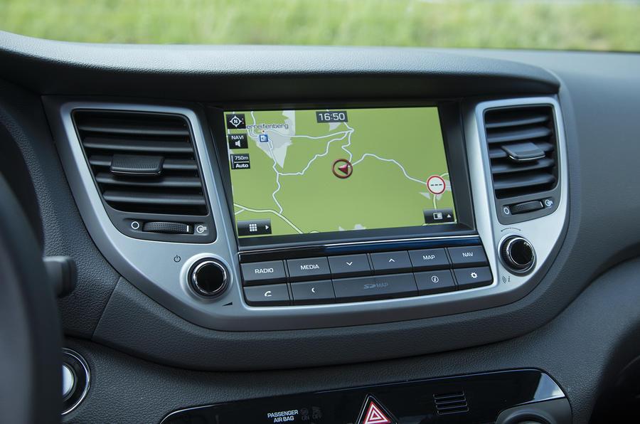 Hyundai Tucson infotainment system