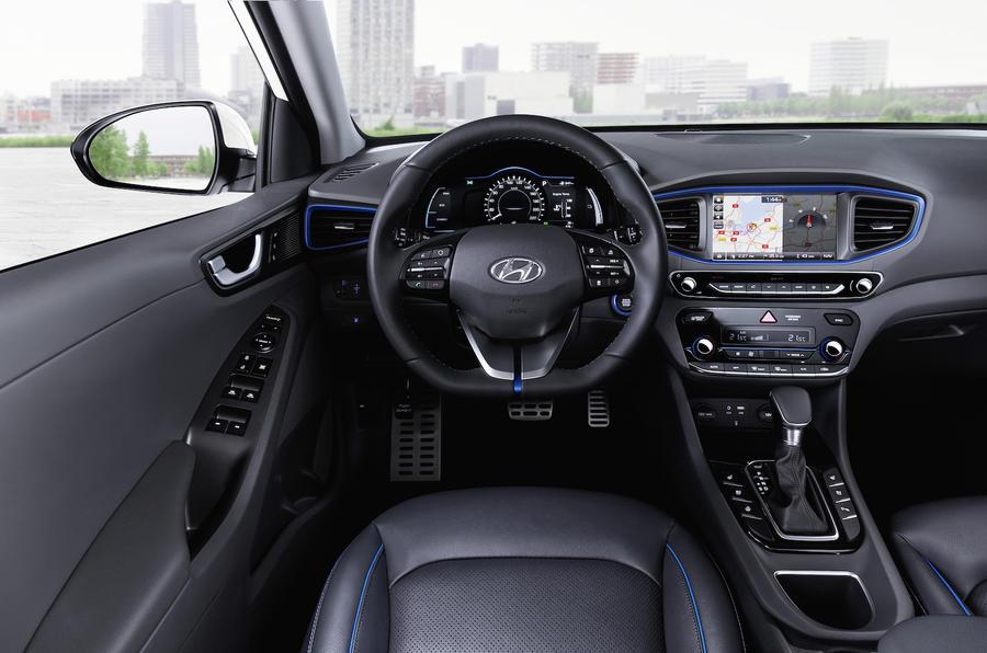 Hyundai Ioniq Electric >> 2016 Hyundai Ioniq HEV Premium SE review review | Autocar