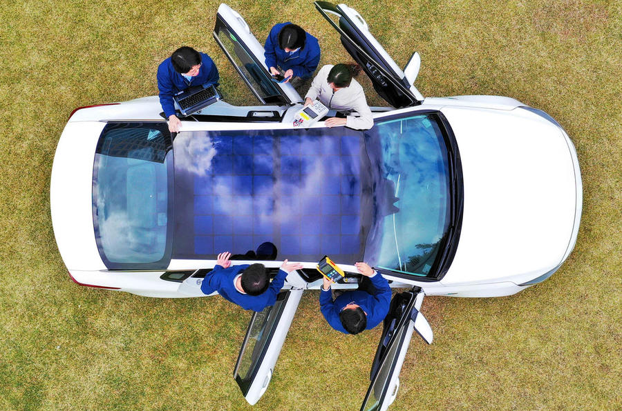 Hyundai working on solar roof charging system