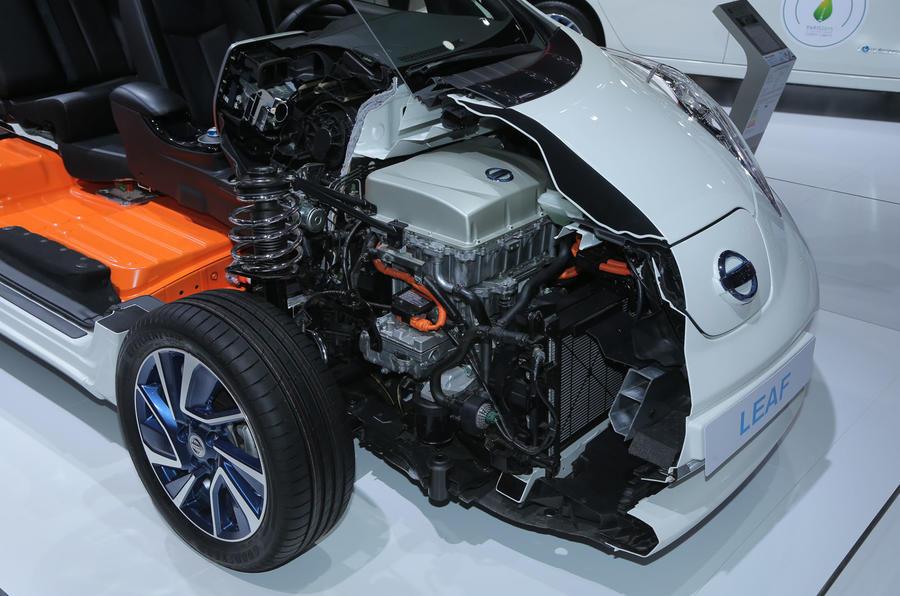 New battery for Nissan Leaf to deliver 155-mile range ...