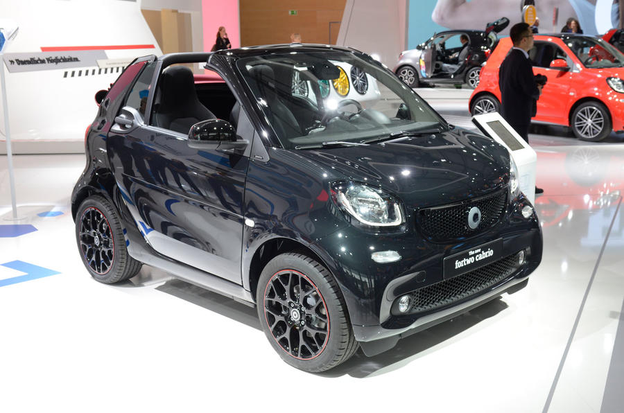 2016 smart fortwo cabrio unveiled in frankfurt autocar. Black Bedroom Furniture Sets. Home Design Ideas